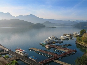 Pic Sun Moon Lake dari flickr